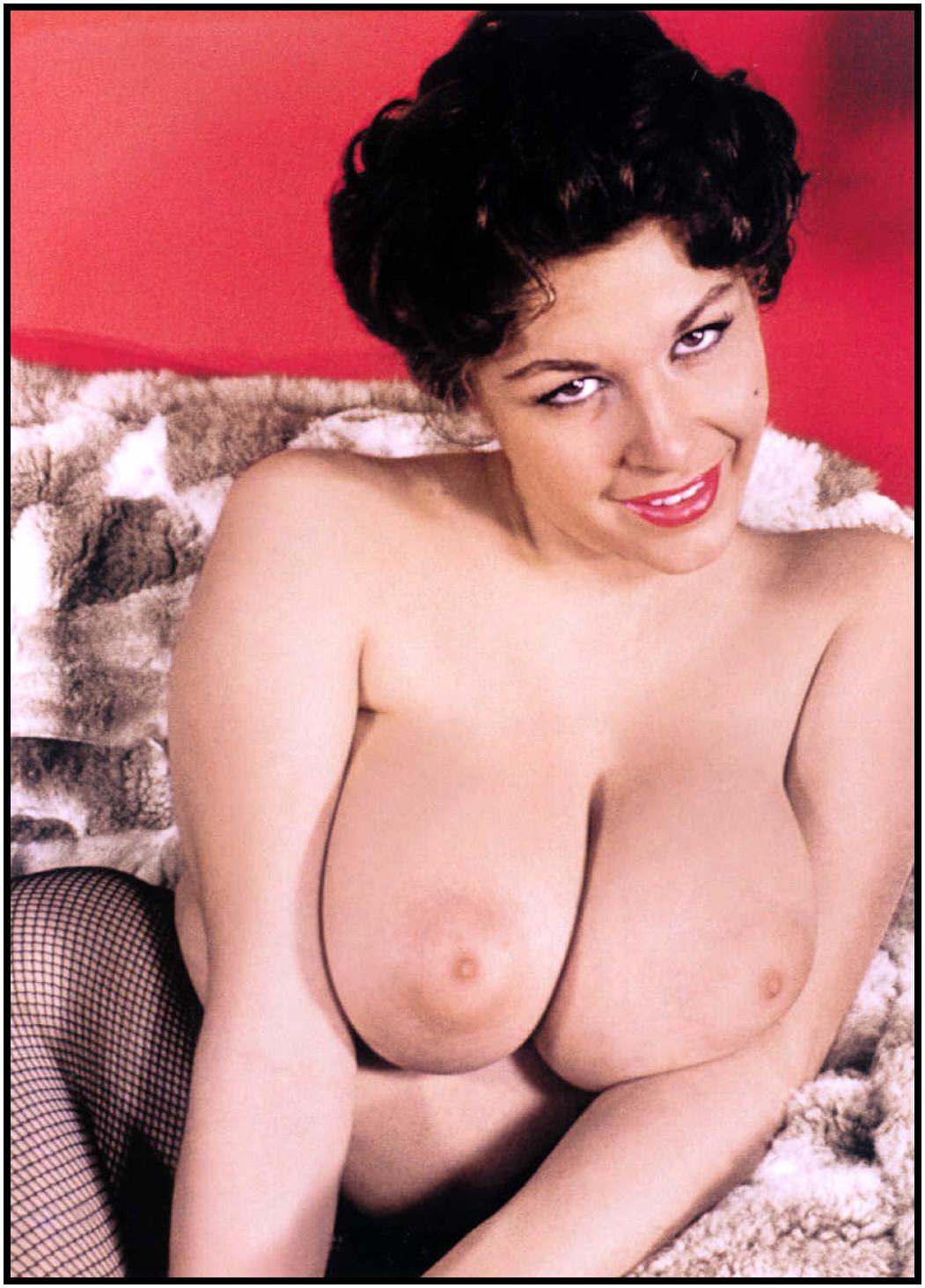 Jayne wayne huge boobs blonde webcam show - 1 part 7